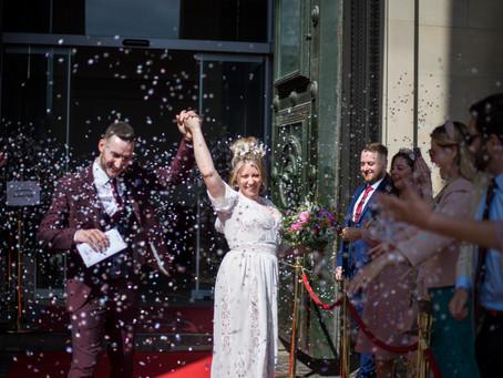 laidback Liverpool wedding sneak peeks