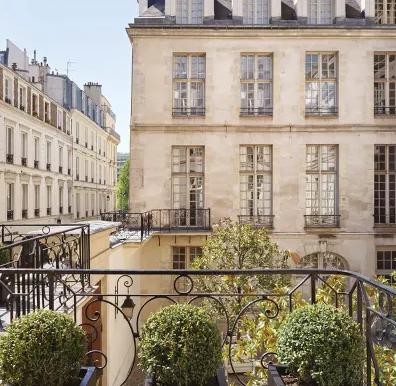 鉴评:3万欧/平米的巴黎圣路易岛豪宅 豪在灵魂 豪在匠心