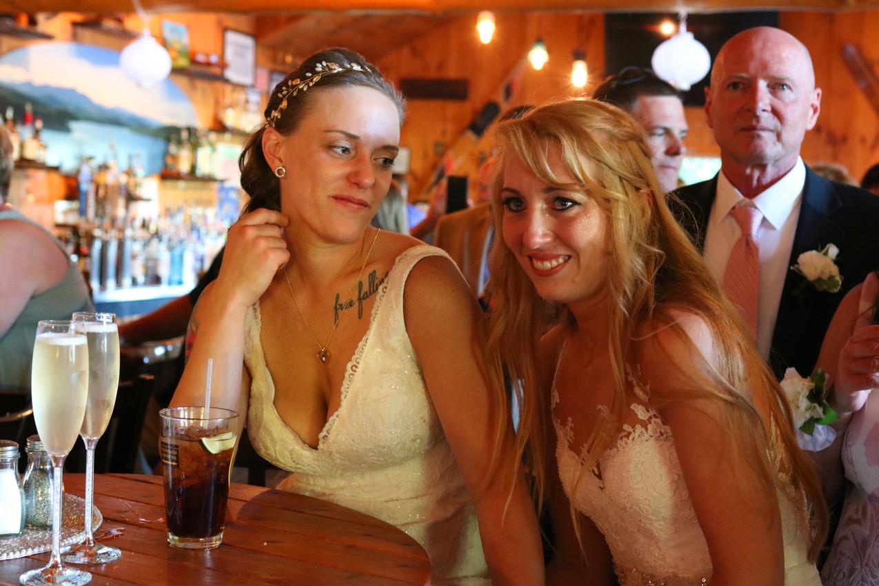 Kayla & Chelsea (284)