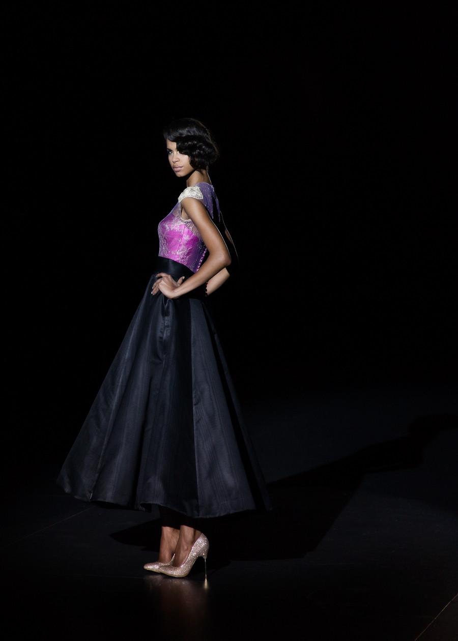 Daiane Sodre en Colección Otoño- Invierno 2015 de Hannibal Laguna, presentada en la Mercedes Benz Fashion Week Madrid. fotografía por Carlos Aranguren