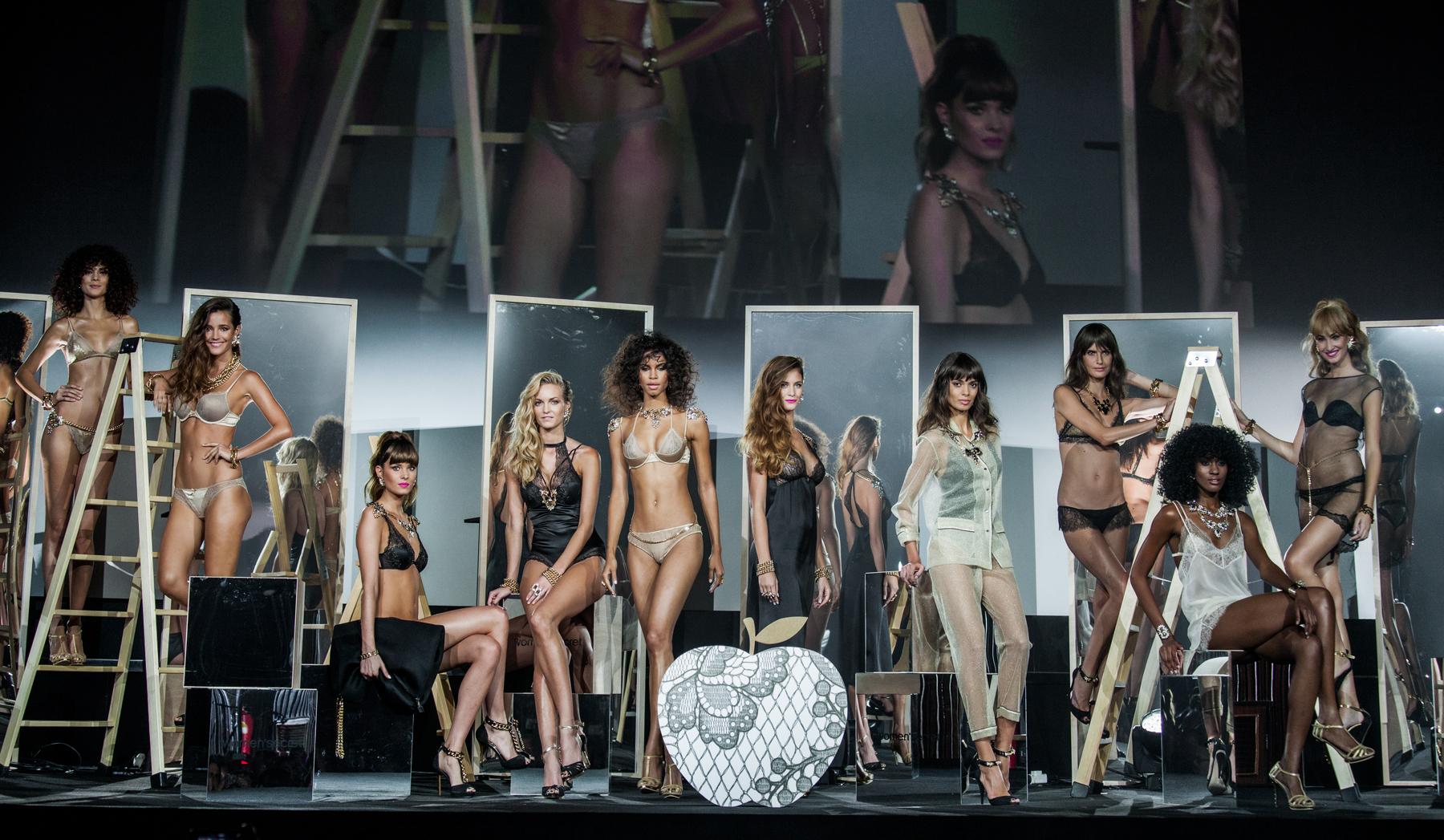Fashion Show Women Secret