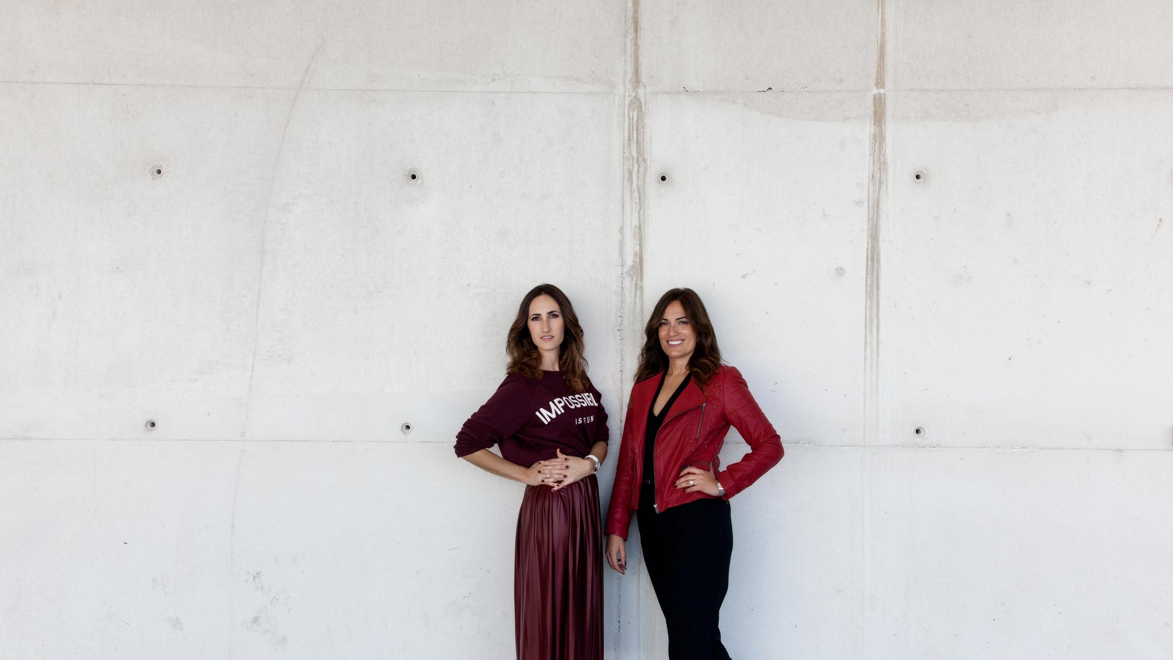 Ana Iriberri y Sara Largo