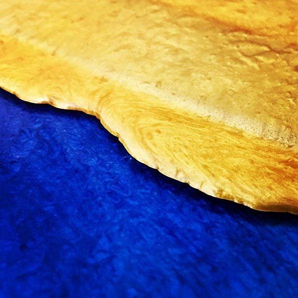 Blue & gold resin 💙💛💙 #blue #gold #resin #resinart #resinartist #abstract #abstractart #abstracta