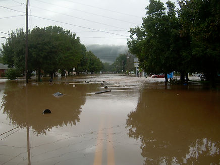 Anthony Heier 2011 flood photo