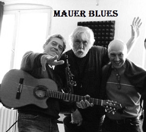 Mauer blues trio