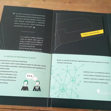 company profile extractable estraibile leaflet