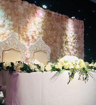 Ivory & cream head table decor with flow