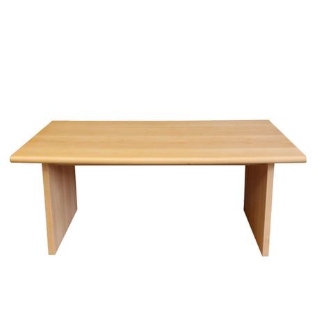 U TABLE