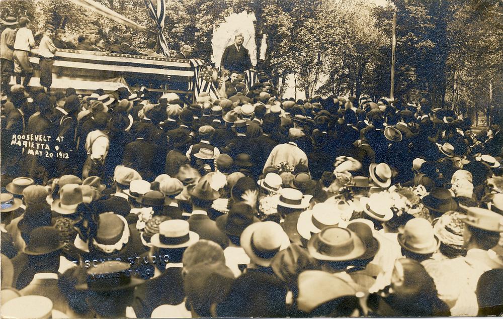 Teddy Roosevelt speaking in Muskingum Park