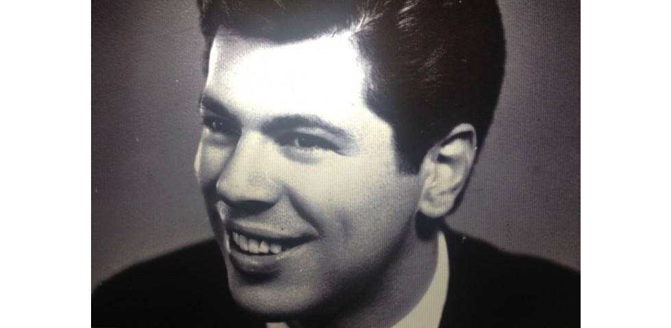 Silvio Santos Adolescente.jpg