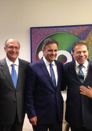 SILVIO SANTOS E POLITICOS.jpg