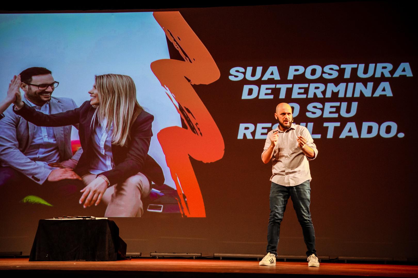 Diego-Maia-Melhor-Palestrante.jpg