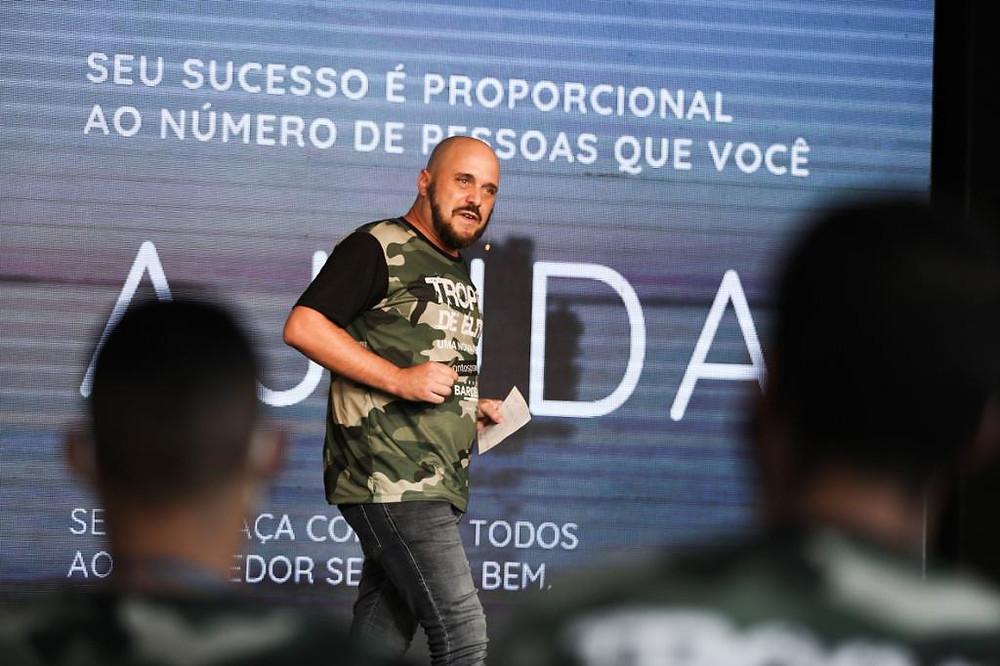 Grupo Barcelos contrata Diego Maia