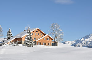Haus im Schnee