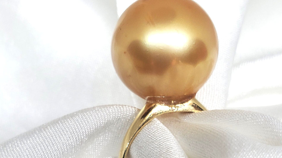 Ravishing One of A Kind Deep Dark Golden Ring