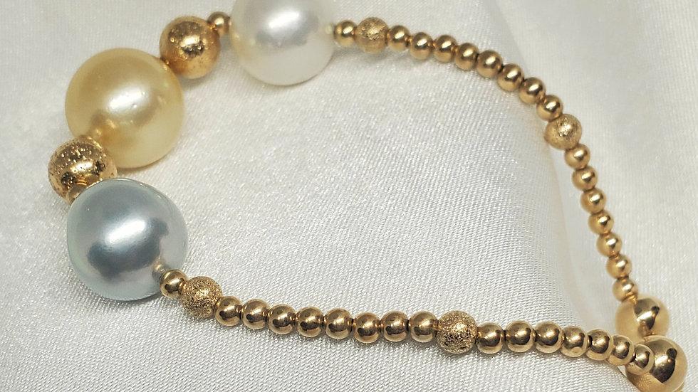 Fetching 3 Pearl Bracelet