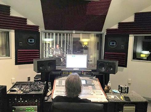 studio_shot.jpg