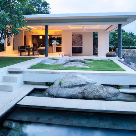 Pool, spa, outdoor dining & landscape