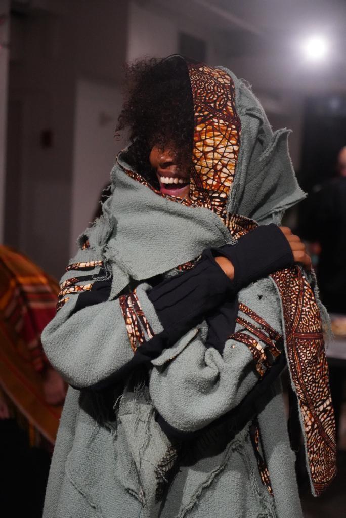 avantguardfashion-wintercoat-afrofuturef