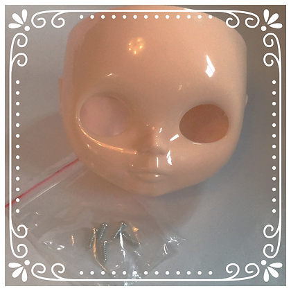 Retro Dolls UK© Blythe custom face plate