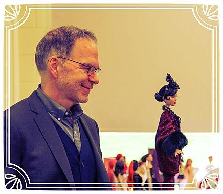 Robert Tonner unveiling TonnerconUK Convention doll Deja Vu