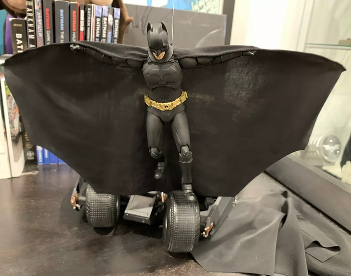 Wired Cape - MAFEX Batman Begins