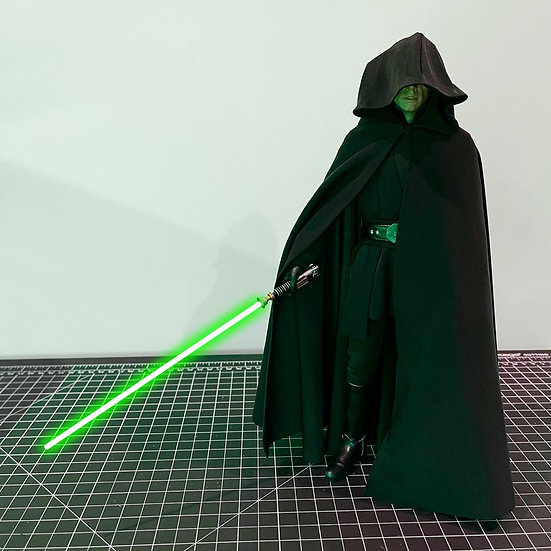Luke Skywalker Robe - 1:6 The Mandalorian