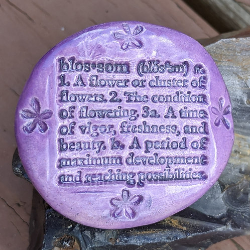 BLOSSOM Pocket Stone - Amethyst Purple