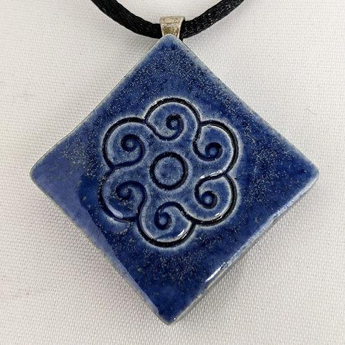 FLOWER DESIGN Pendant / Necklace - Antique Blue