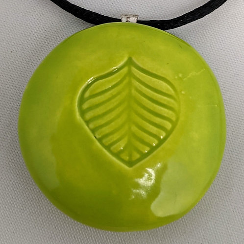 LEAF Pendant / Necklace - Granny Smith Green
