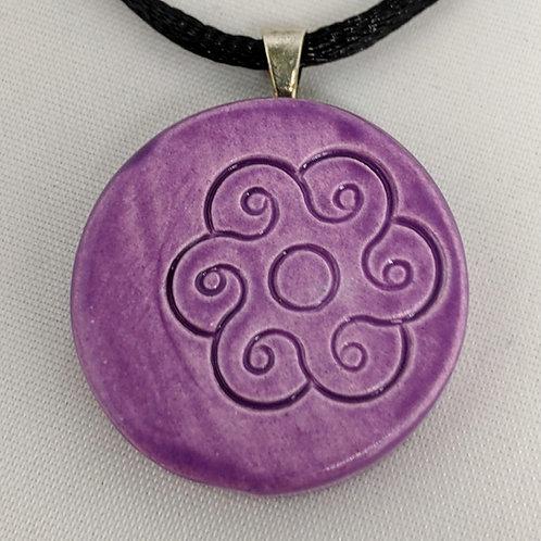FLOWER DESIGN Pendant / Necklace - Amethyst