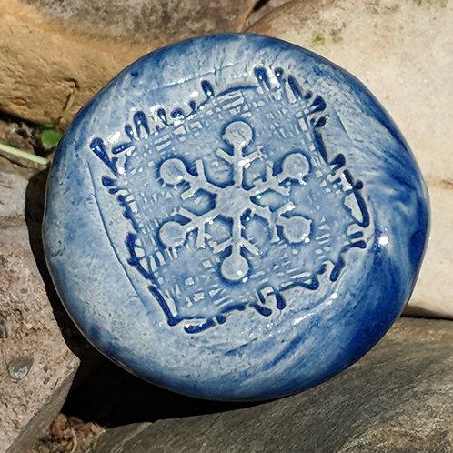 SNOWFLAKE Pocket Stone - Sapphire Blue