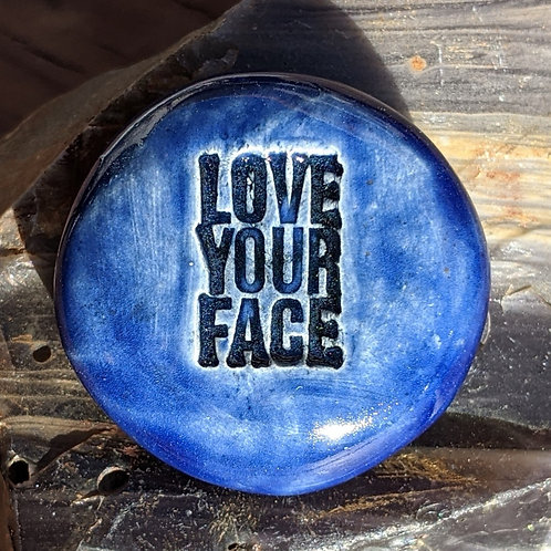 LOVE YOUR FACE Pocket Stone - Midnight Blue