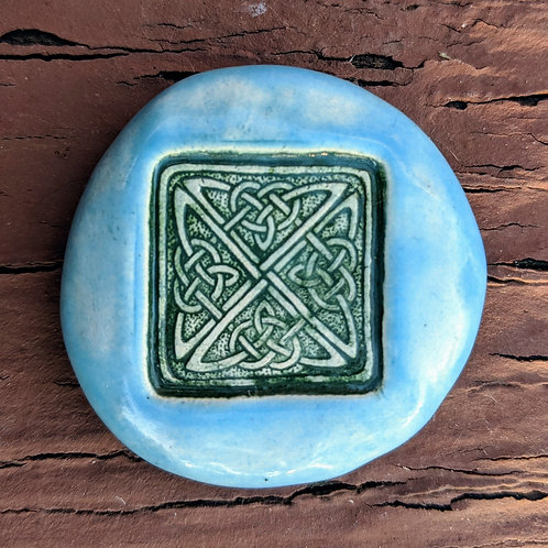 CELTIC KNOT DESIGN Pocket Stone - Sky Blue