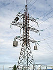 Electricity_pylon_whith_line_traps_and_o