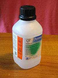 200px-Hydrogen_fluoride.jpg