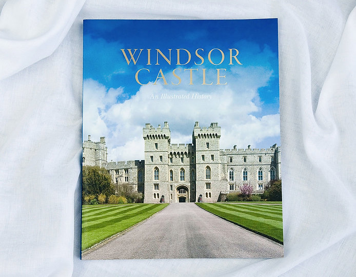 book-design-windsor-castle-10_edited.jpg