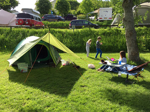 The pit-stop minimalist family camp