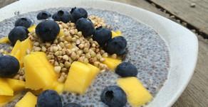 Chia puding s ovocím a pohánkou