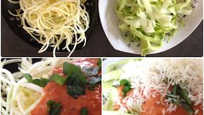 Raw cuketové špagety s omáčkou marinara