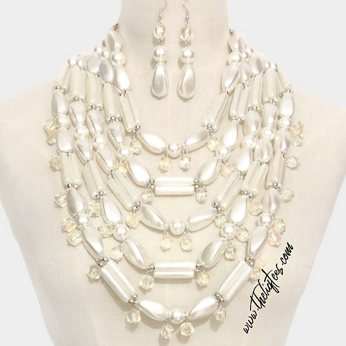 It's the Pearls 4 Me Necklace Set