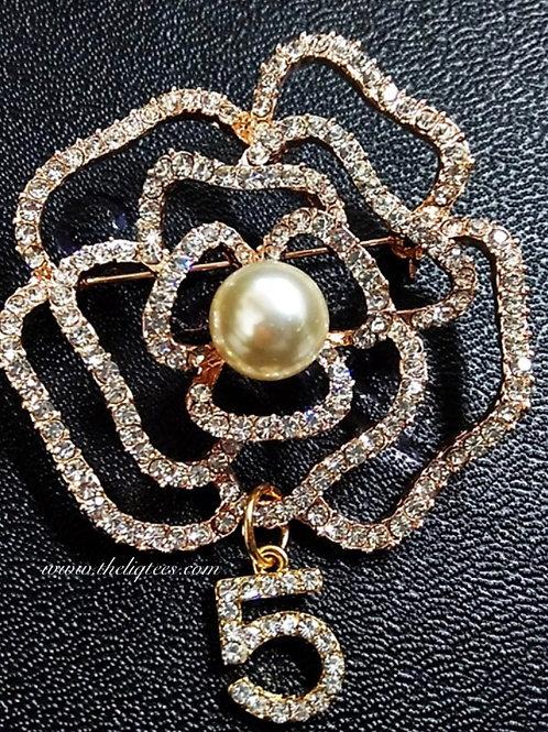 """Rose Pearl """"5"""" Brooch"""