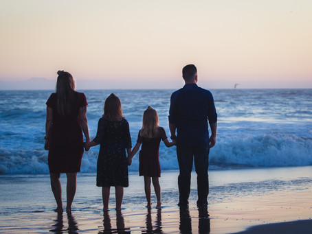 Huntington Beach Portrait Session | The Fisher Family