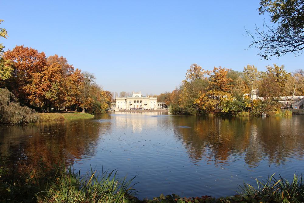 הארמון על המים