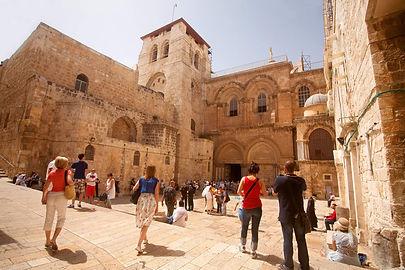 Jerusalem_HolySepulcher_NoamChen(1).jpg