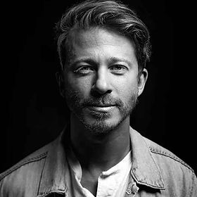 Mike Donehey lead singe of Tenth Avenue North