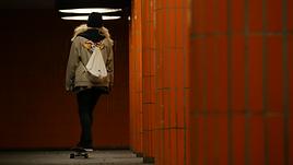 Skate Girl 08.png