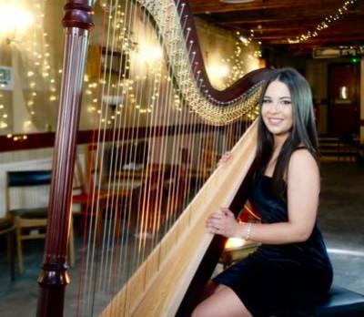 Zita Silva - Harpist