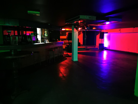 Great Basement with great Sound System