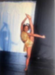 taylour dance.jpg